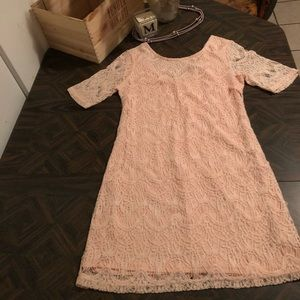 Summer dress. NWOT. Baby pink lace. 🌺🌺🌺